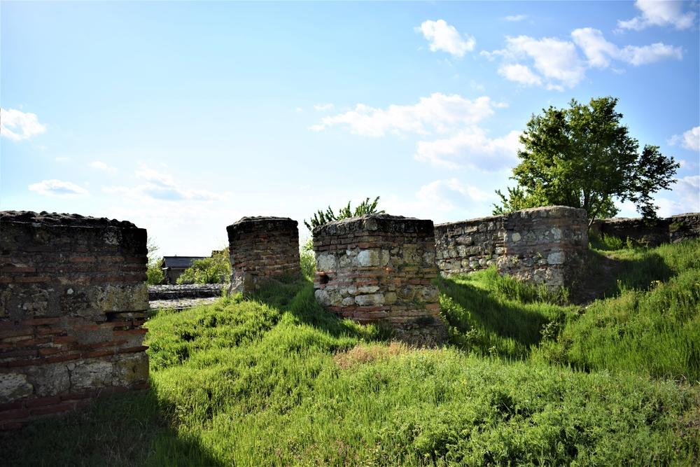 Poarta de Vest, Cetatea Sucidava
