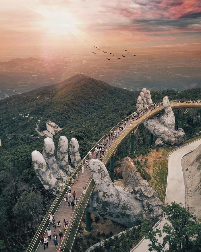 Golden Bridge Vietnam_4