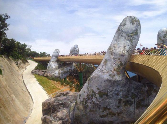 Golden Bridge Vietnam_9